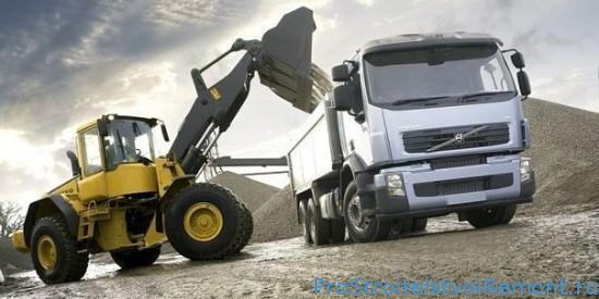 Аренда грузовых машин от РентСпецТранс фото