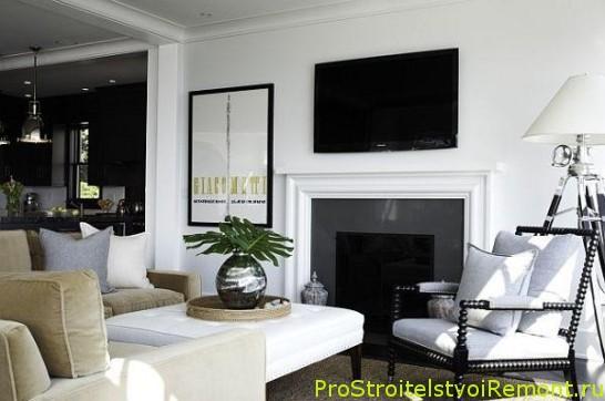 Дизайн интерьера гостиной в белом цвете с цветами фото с желтыми подушками