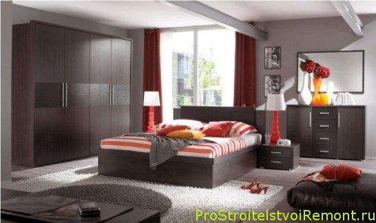 Как красиво украсить интерьер и дизайн спальни?