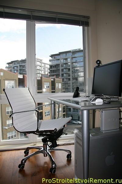 Как сделать и организовать домашний офис и кабинет на чердаке?