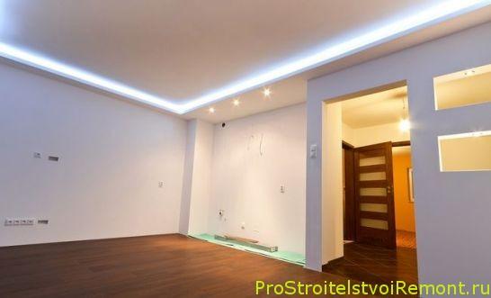 Дизайн подвесного потолка с красивым освещением фото