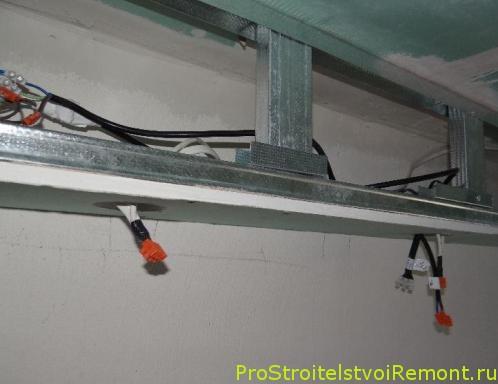 Монтаж подвесного потолка в ванной комнате своими руками фото