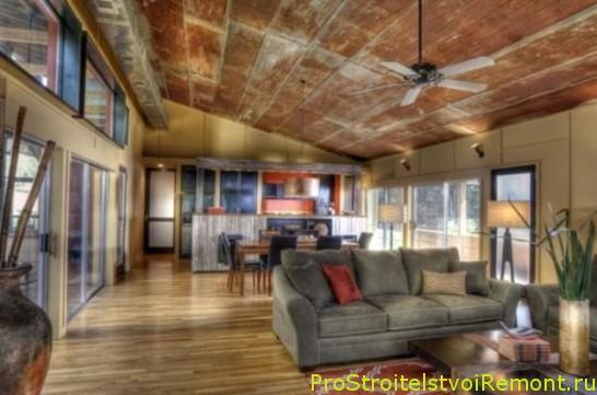 Дизайн подвесного потолка в гостиной в промышленном стиле фото