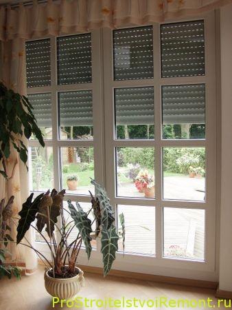 Роллеты на окнах фото