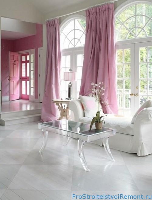 Выбираем шторы для интерьера гостиной