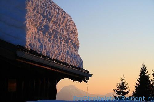 Как убрать снег на крыше?