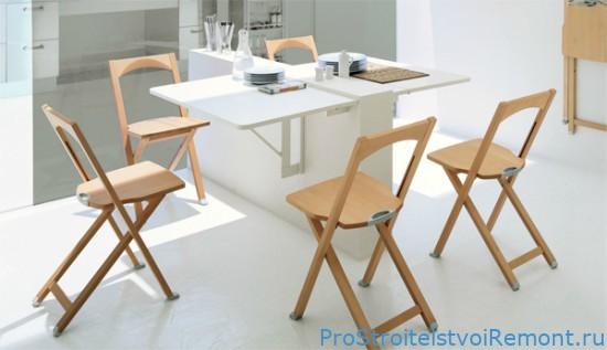 Раскладные кухонные столы и стулья – наилучшее решение для помещений с небольшой площадью