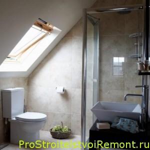 Дизайн ванной комнаты с душевой кабиной на чердаке фото