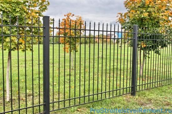 Сварной забор с использованием профильной трубы